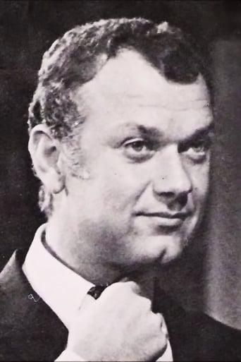 Image of Yorgos Moutsios