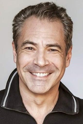 Image of Gary Perez