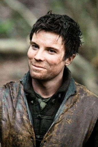 Image of Joe Dempsie