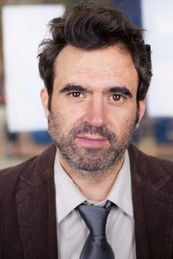Image of Gabe Khouth