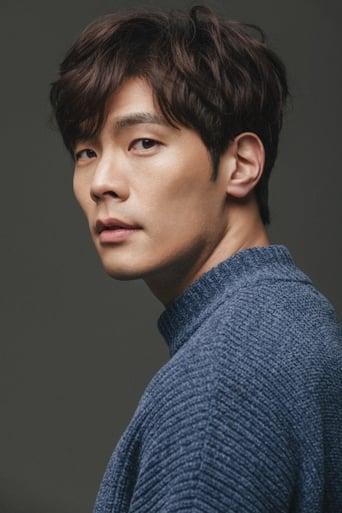 Image of Daniel Choi