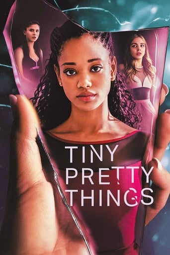 Poster of Tiny Pretty Things