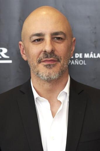 Image of Roberto Álamo