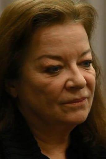 Image of Clare Higgins