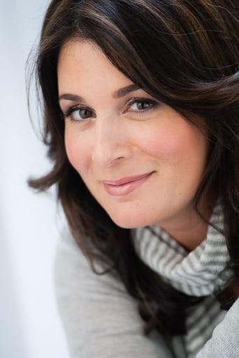 Image of Nicole Oliver