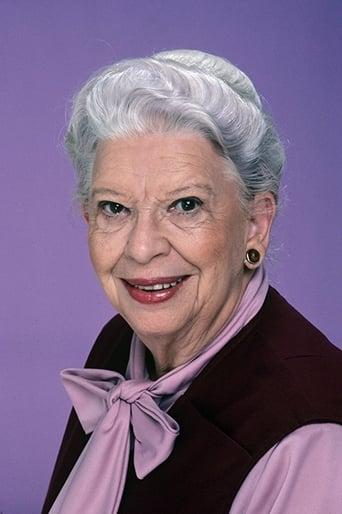 Image of Elizabeth Kerr