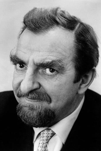 Image of Hugh Griffith