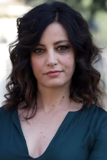 Image of Alessia Barela
