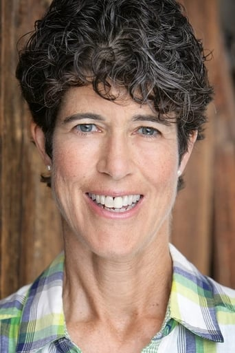 Image of Carrie Gibson