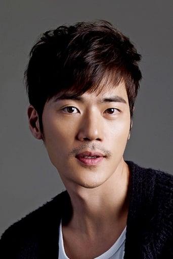 Image of Kim Kang-woo
