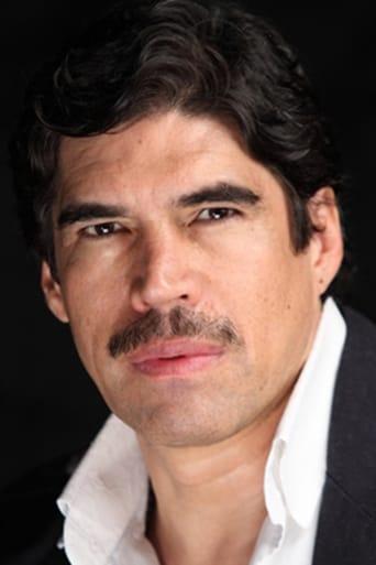 Image of Alberto Estrella