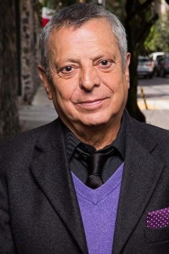 Image of César Bono