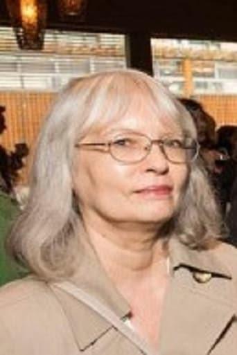 Joan Carr-Wiggin