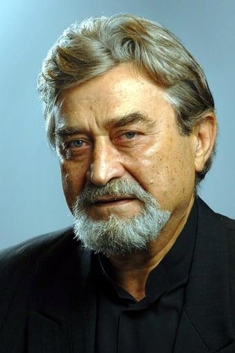 Image of Iván Dengyel
