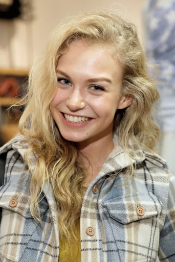 Image of Penelope Mitchell