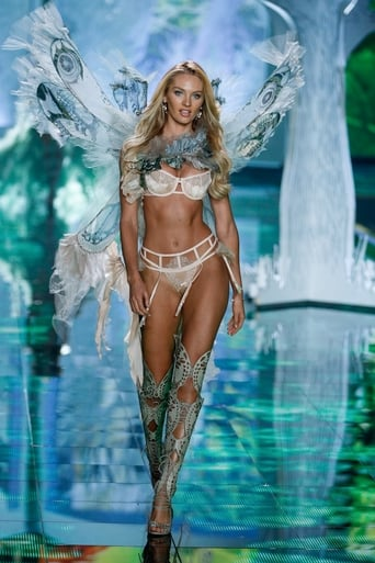 How old was Cara Delevingne in 2013 Victoria's Secret Fashion Show