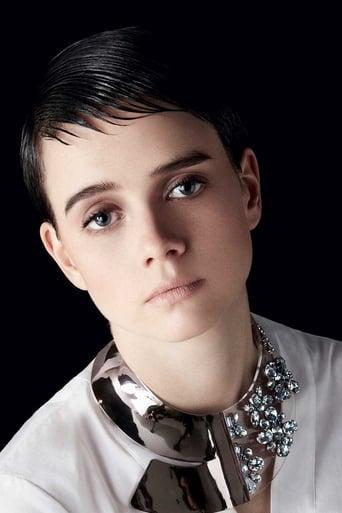 Image of Pauline Étienne