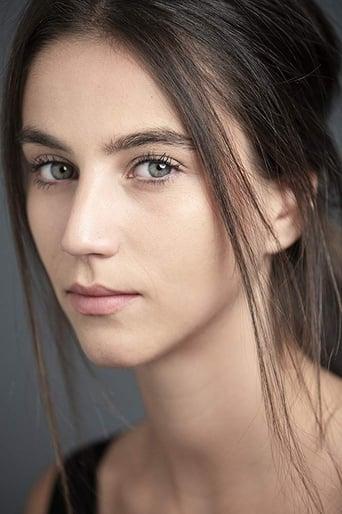 Image of Claudia Salas