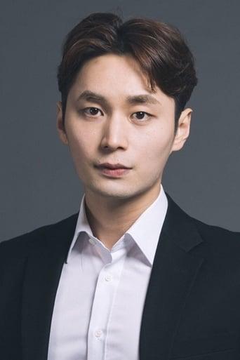 Image of Kang Bong-sung