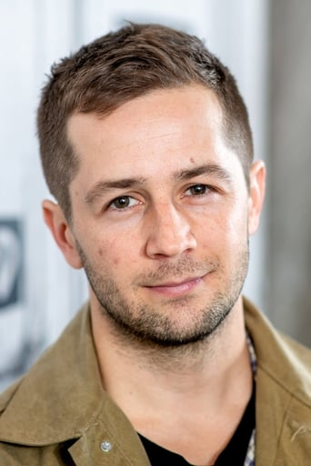 Image of Michael Angarano