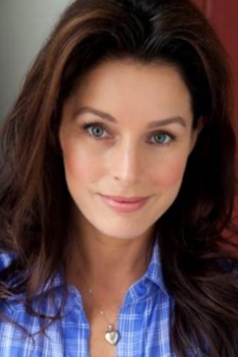 Image of Sarah Deakins