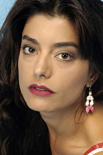 Image of Daniela Lhorente