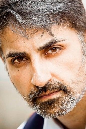 Image of Akbar Kurtha