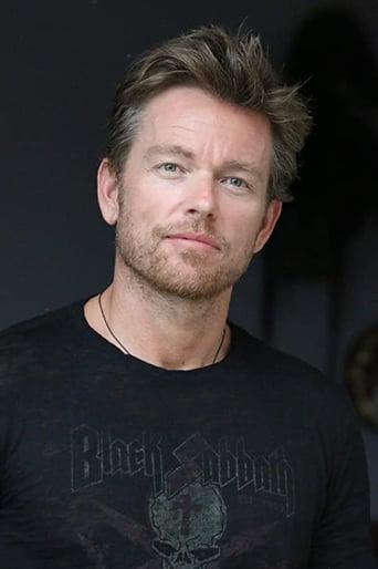 Image of Jonathan Scarfe