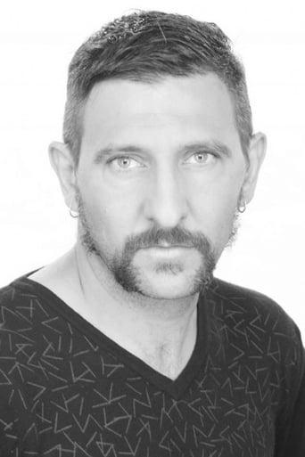 Image of Andrés Herrera