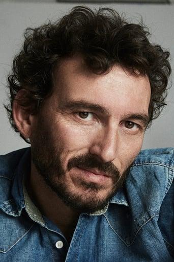 Image of Óscar Corrales