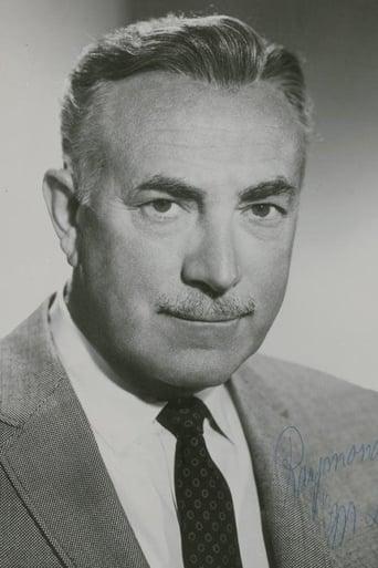 Image of Raymond Bailey