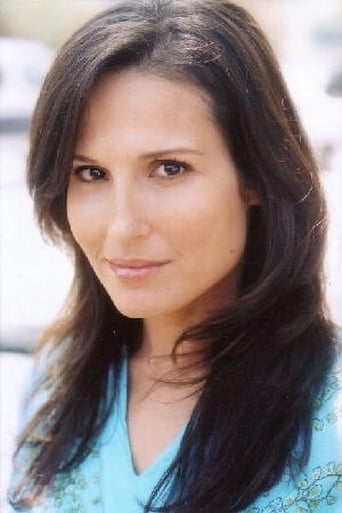 Image of Lisa Roumain