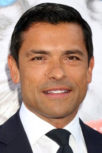 Image of Mark Consuelos