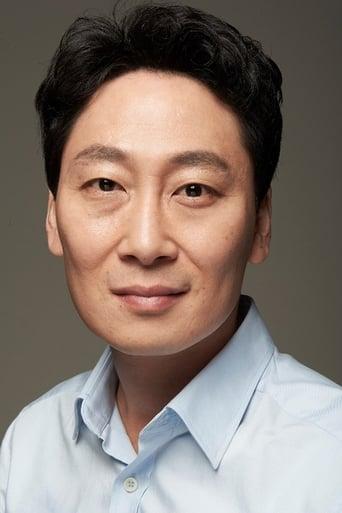 Image of Kim Dong-hyun