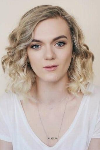Image of Chloe Harris