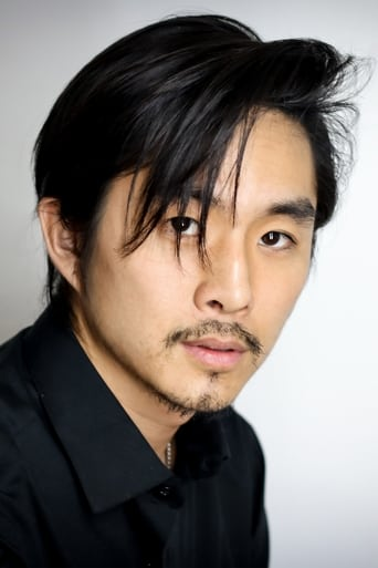 Image of Justin Chon