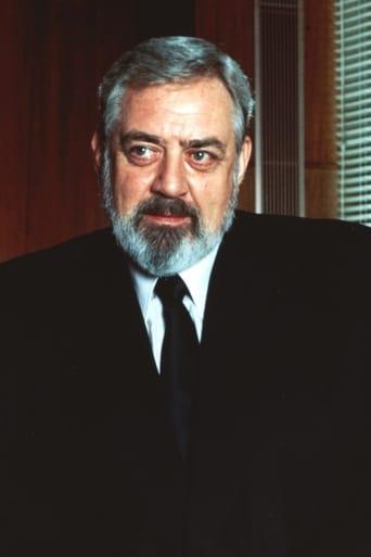 Image of Raymond Burr