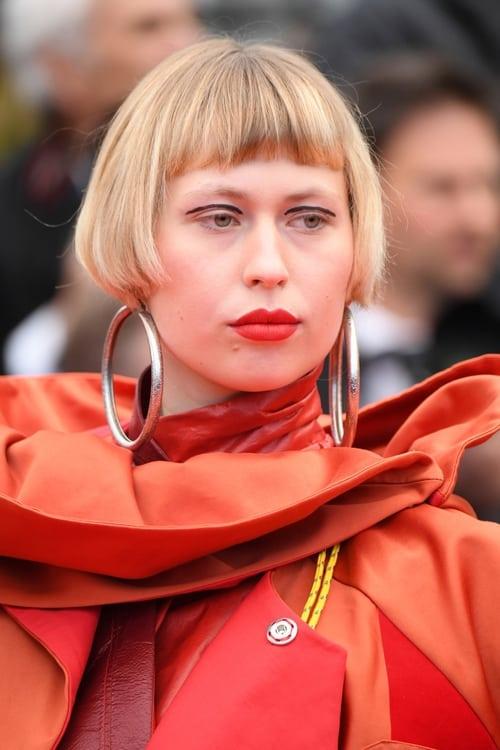 Thea Carla Schøtt