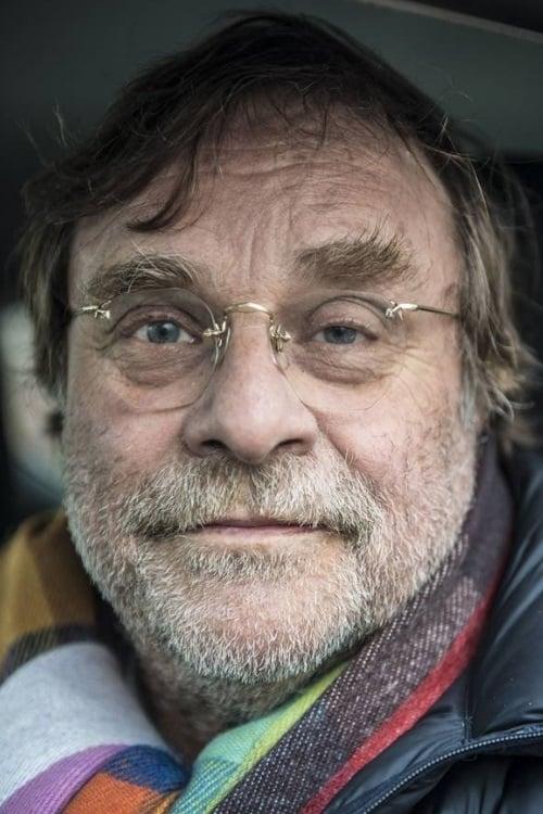 Lars Knutzon