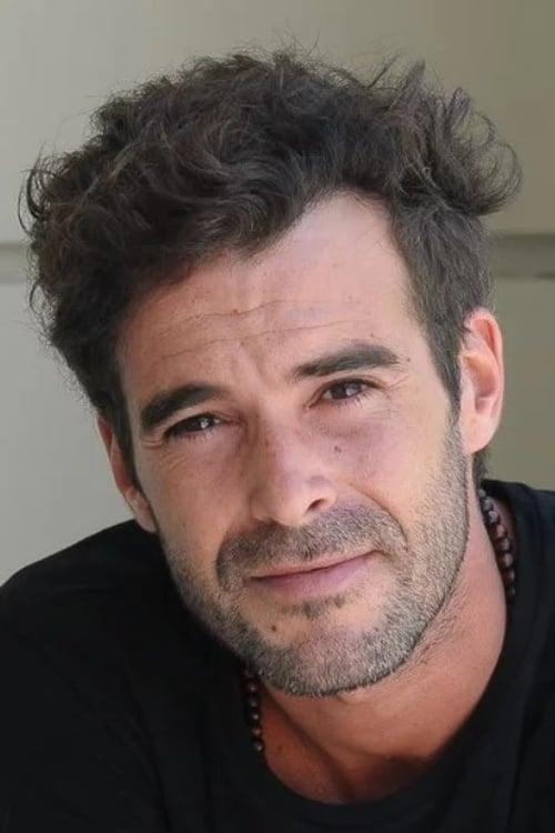 Nicolás Cabré