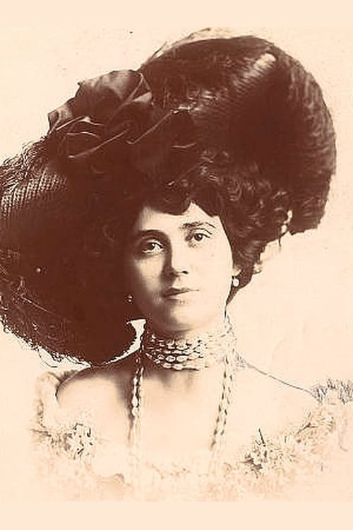 Evelyn Selbie
