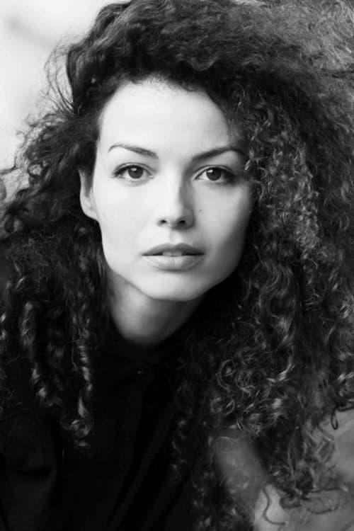 Valeria Flore