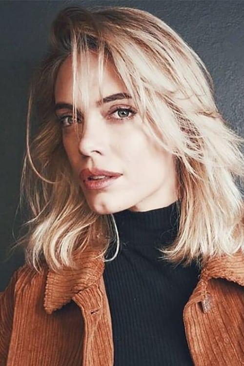 Emilia Attías