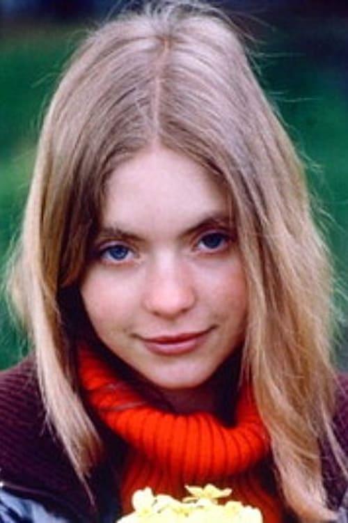 Judi Bowker