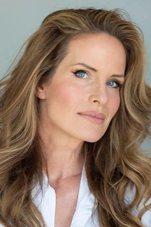 Monika Schnarre