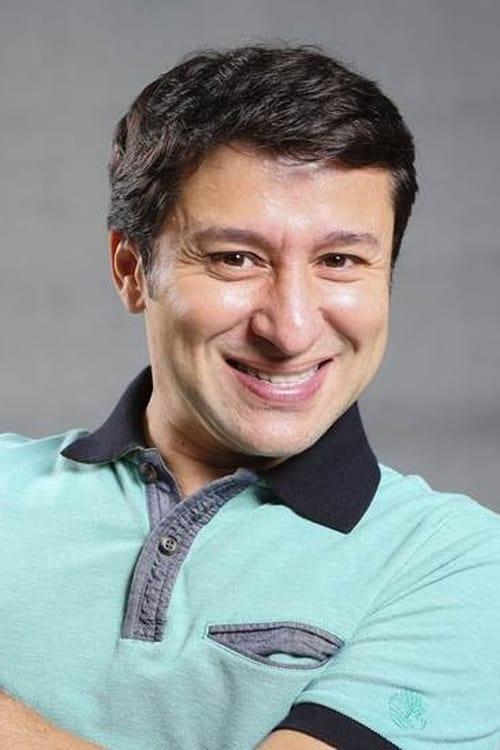Tadeu Mello