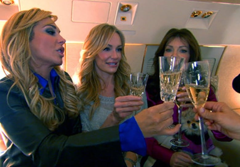 The Real Housewives of Beverly Hills staffel 1 folge 1 deutsch stream