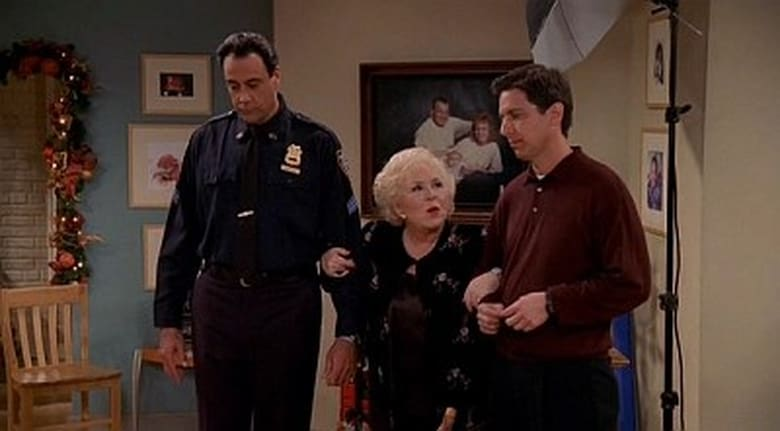 Everybody Loves Raymond Season 4 Episode 11 | The Christmas Picture