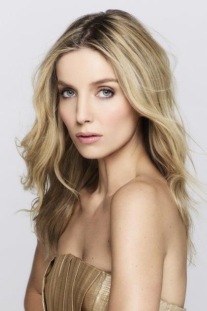 Annabelle Wallis profile picture
