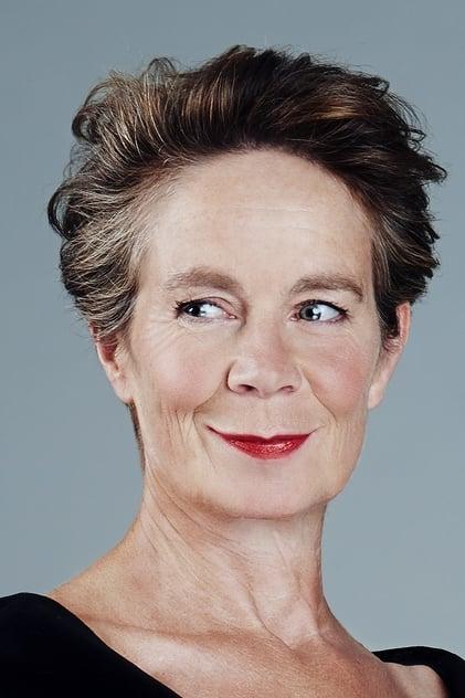 Celia Imrie profile picture